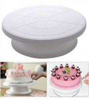 Cake-Stand-Cake-Decorating-Table